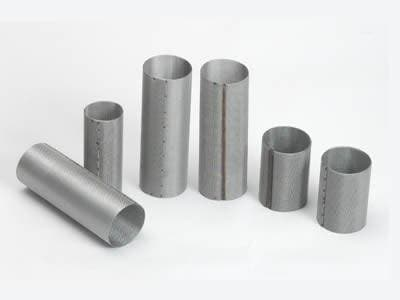Cylindrical extruder screens with spot welded edge; Multilayer cylindrical extruder screens