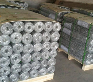 Mesh-Manufacturers-Chicken-Wire-For-Sale-Poultry-Netting