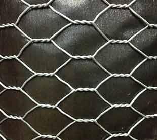 Chicken-Net-Galvanized-Hexagonal-Wire-Mesh-Poultry-Netting